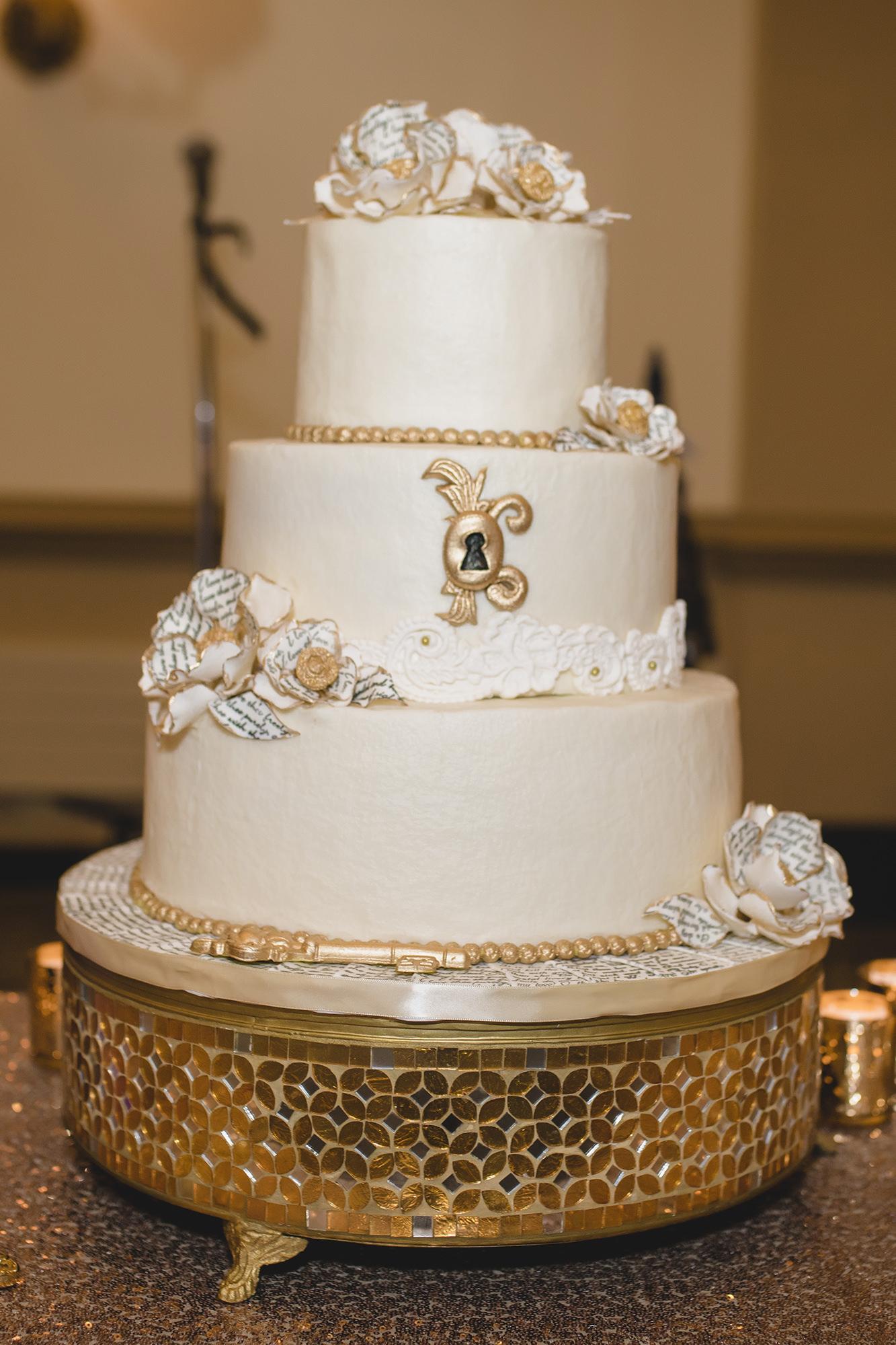 Vanilla Wedding Cake With Keyhole