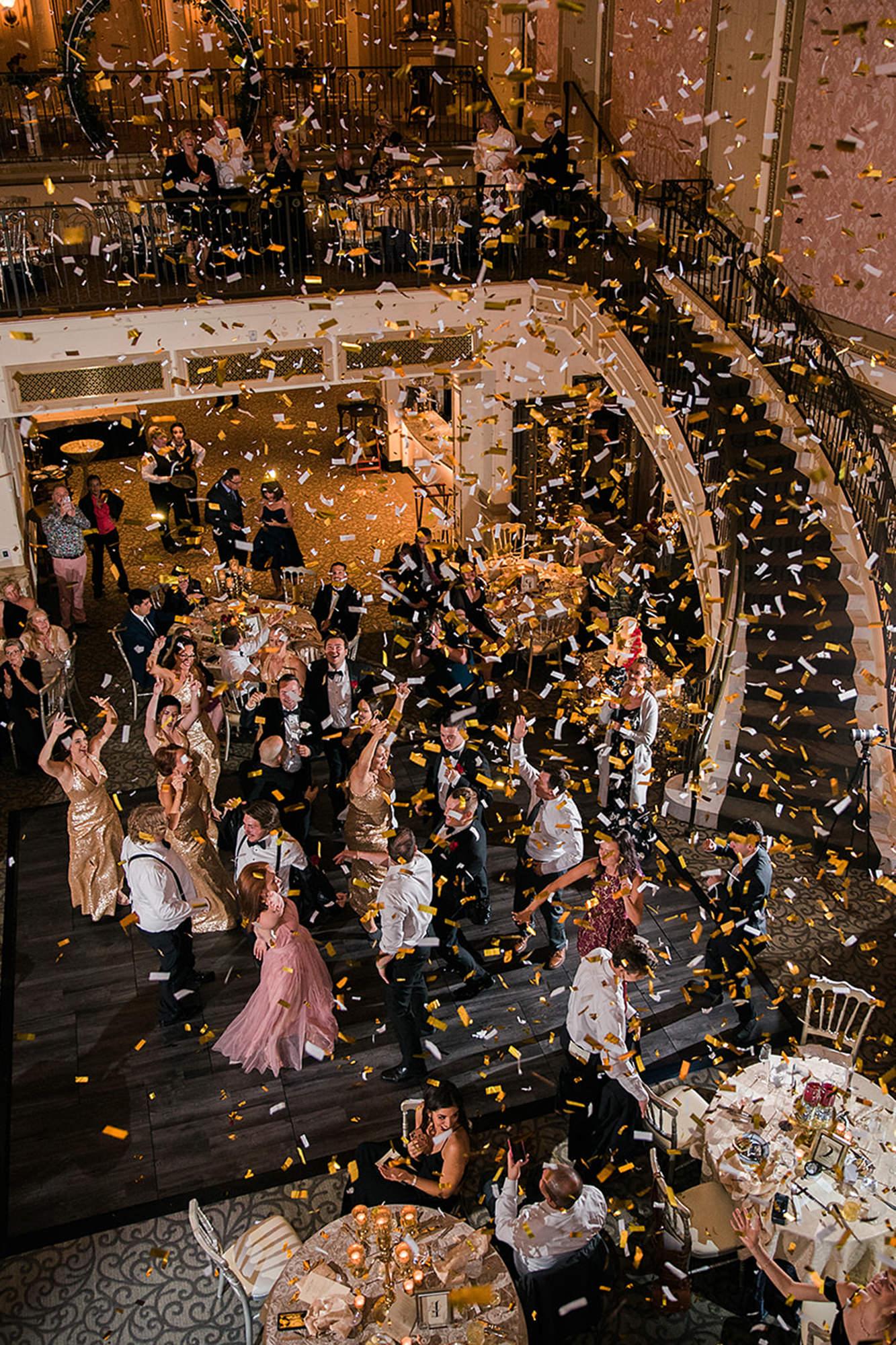 Confetti Cannon Dancing