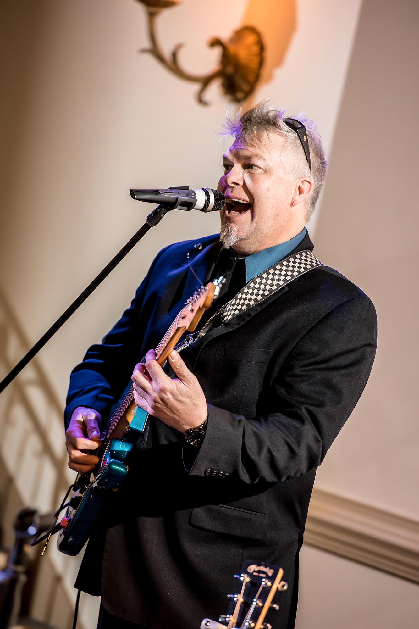 Lead Singer At Wedding Showcase